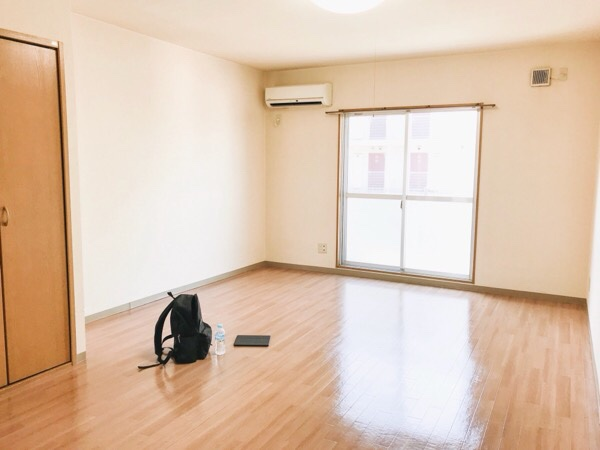 次に引っ越すワンルームの部屋。
